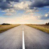 یک دقیقه برای یک عمر : در یک جاده
