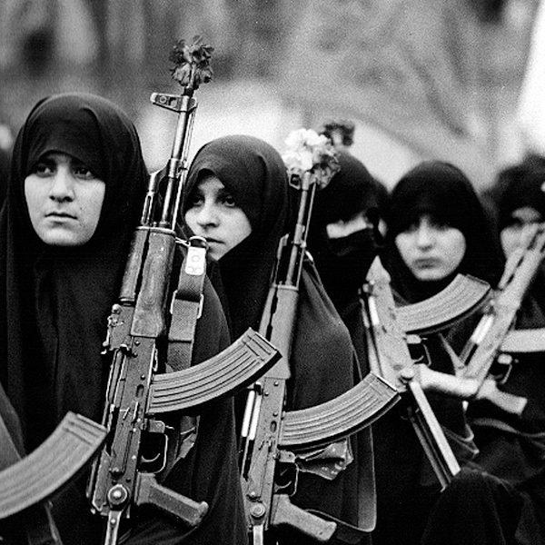 تاثیر پذیری زنان ایرانی از حضرت زینب در جنگ تحمیلی
